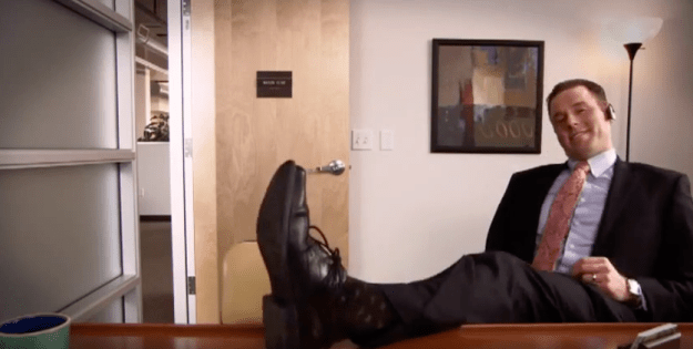 You know not to put your feet up in an interview, but do you think about other body language clues?