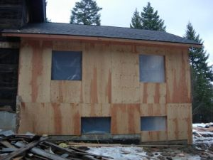 room-addition-gra-framing-plywood-01