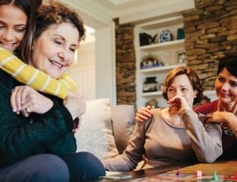 Alzheimer's Warnings Often Show During Holidays