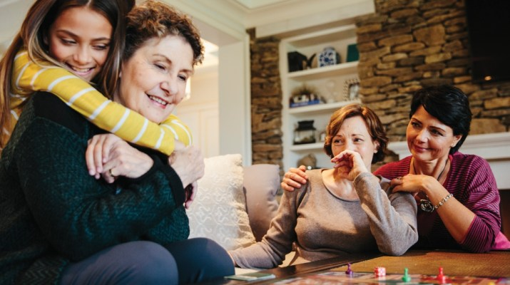 Alzheimer's Warning Signs During the Holidays