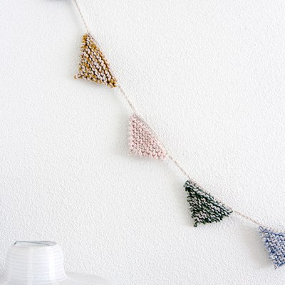 Knitted bunting  #IDAstyle