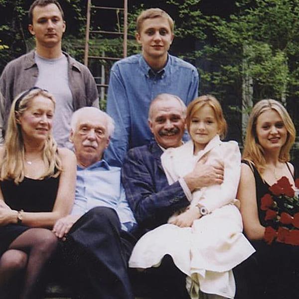 Дети Никиты Михалкова фото