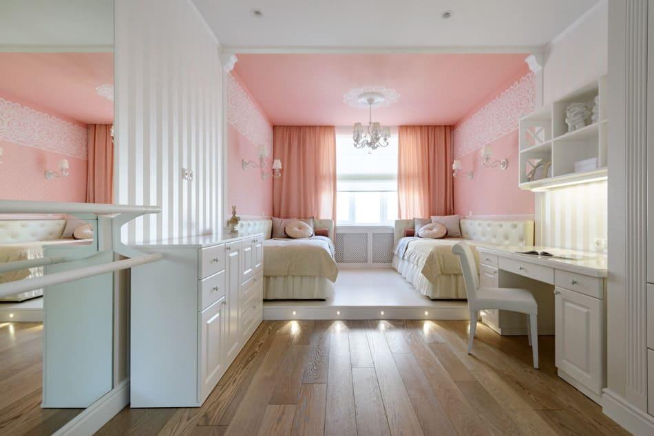 Интерьер детской комнаты для двоих девочек