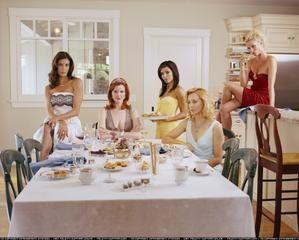 cast-dinner-2.jpg