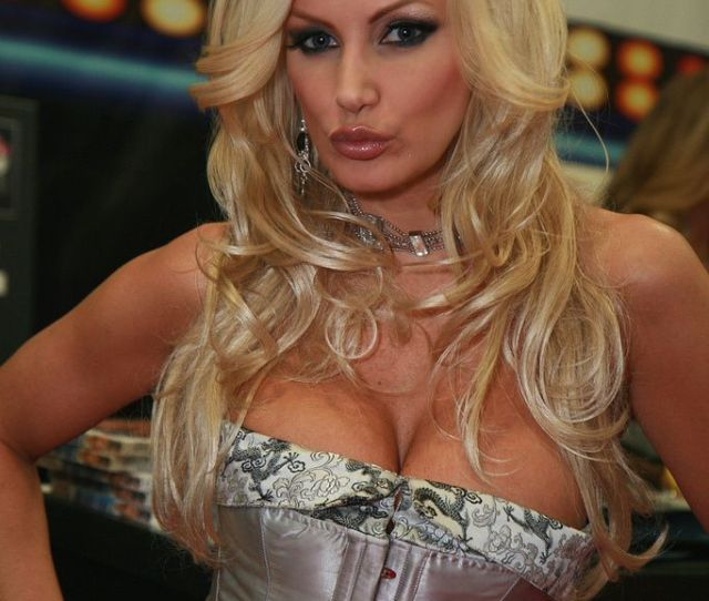 Ectac Brittany Andrews 01