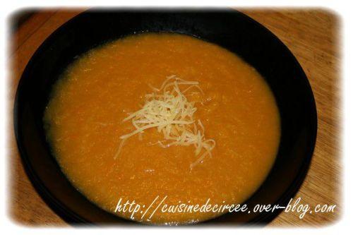 Soupe Traditionnelle Poireaux Pommes De Terre Et Carottes La