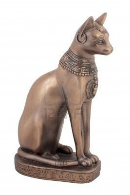 6358503-chat-egyptien-ancien-bast-ou-bastet
