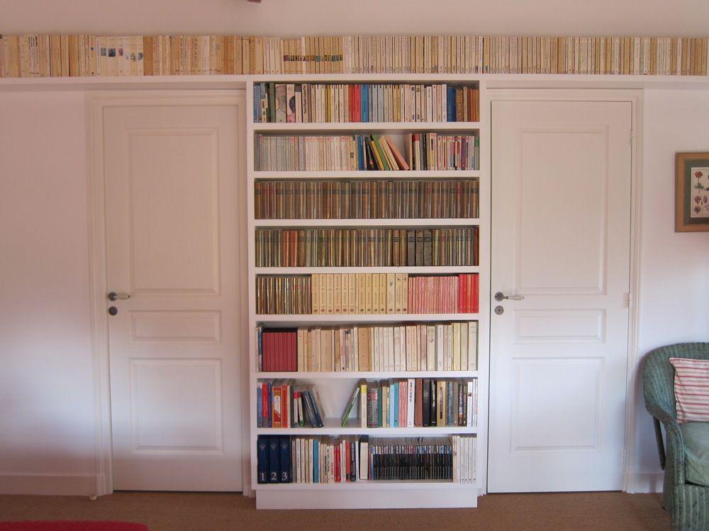 bibliotheque pour livres de poche. Black Bedroom Furniture Sets. Home Design Ideas