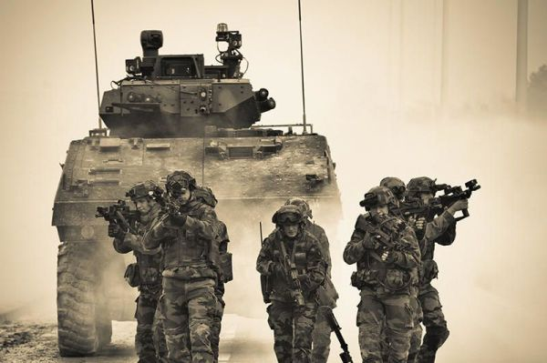 https://i2.wp.com/idata.over-blog.com/4/22/09/08/France/Armee-de-Terre/VBCI/VBCI-couv-tim-dossier-equipement.jpg?resize=600%2C399