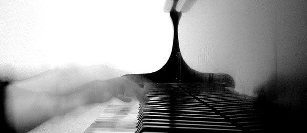 piano_web_banner_blank.jpg
