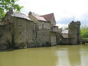 Puy-du-Fou chateau