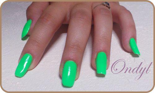 Ongles Vert Fluo