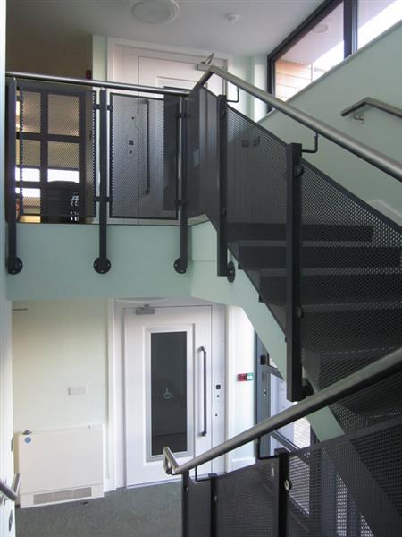 aritco-platform-lifts