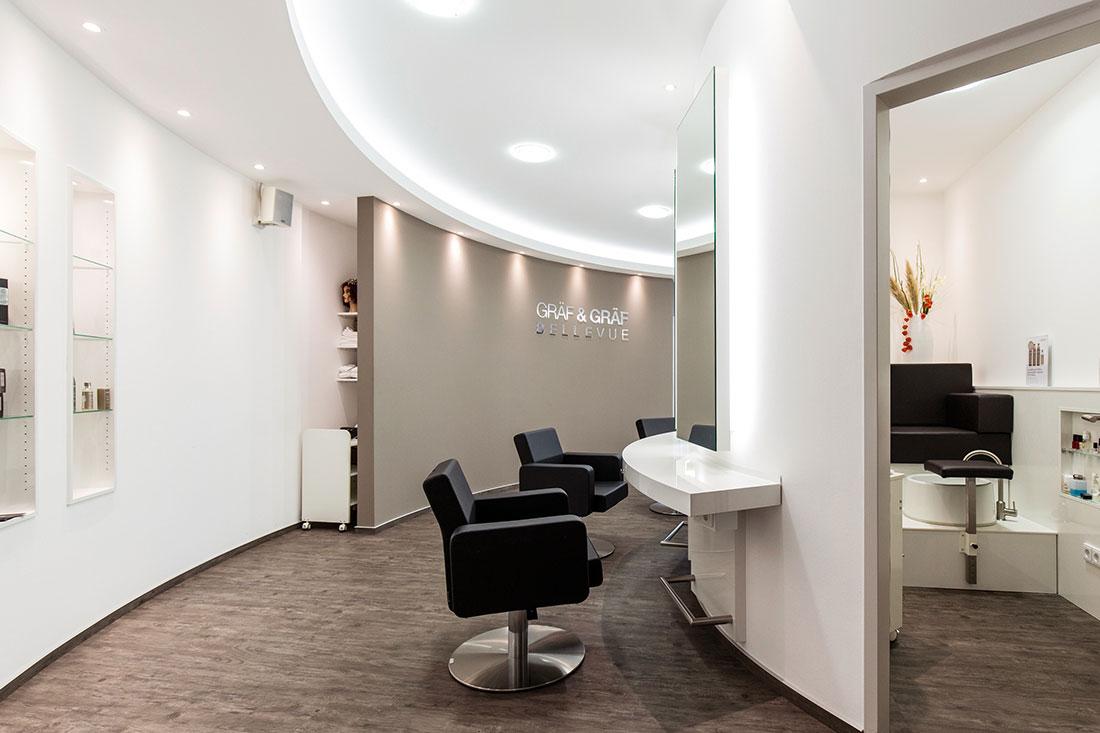 Friseurspiegel, Friseurstuhl, Bedienplatz, Beauty BEreich