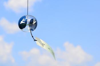風鈴と夏の空