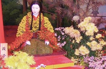 北条政子の菊人形