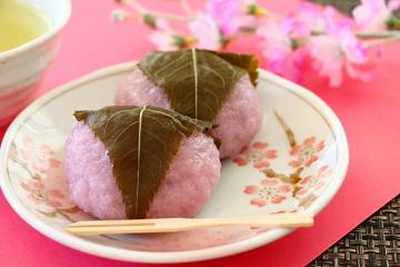 桜餅と桜の花