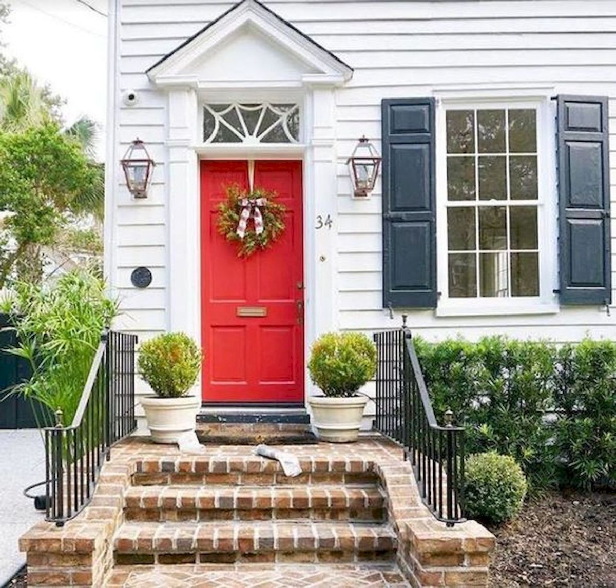42 Fantastic Front Door Colors Design Ideas (18)