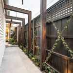 57 Gorgeous Garden Fence Design Ideas (7)
