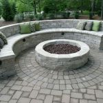 57 Awesome Backyard Fire Pit Ideas (51)