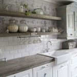 37 Farmhouse Wall Decor Ideas for Kitchen (6)