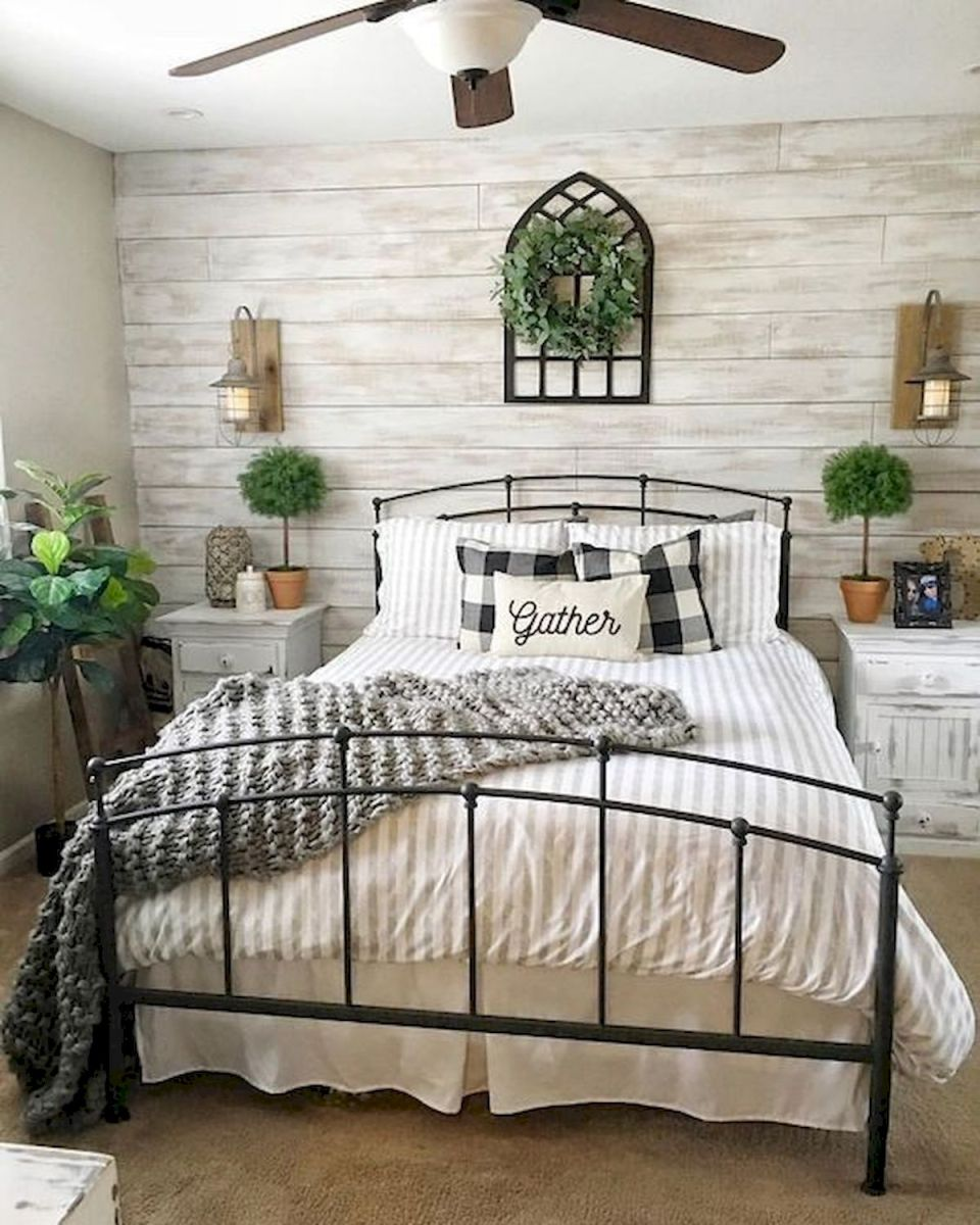 53 Farmhouse Wall Decor Ideas for bedroom (19)