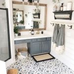 59 Best Farmhouse Wall Decor Ideas for Bathroom (26)