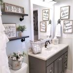 59 Best Farmhouse Wall Decor Ideas for Bathroom (4)