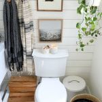59 Best Farmhouse Wall Decor Ideas for Bathroom (42)