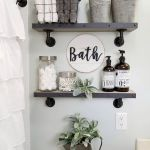 59 Best Farmhouse Wall Decor Ideas for Bathroom (45)