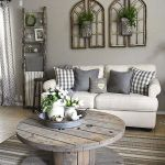 75 Best Farmhouse Wall Decor Ideas for Living Room (57)