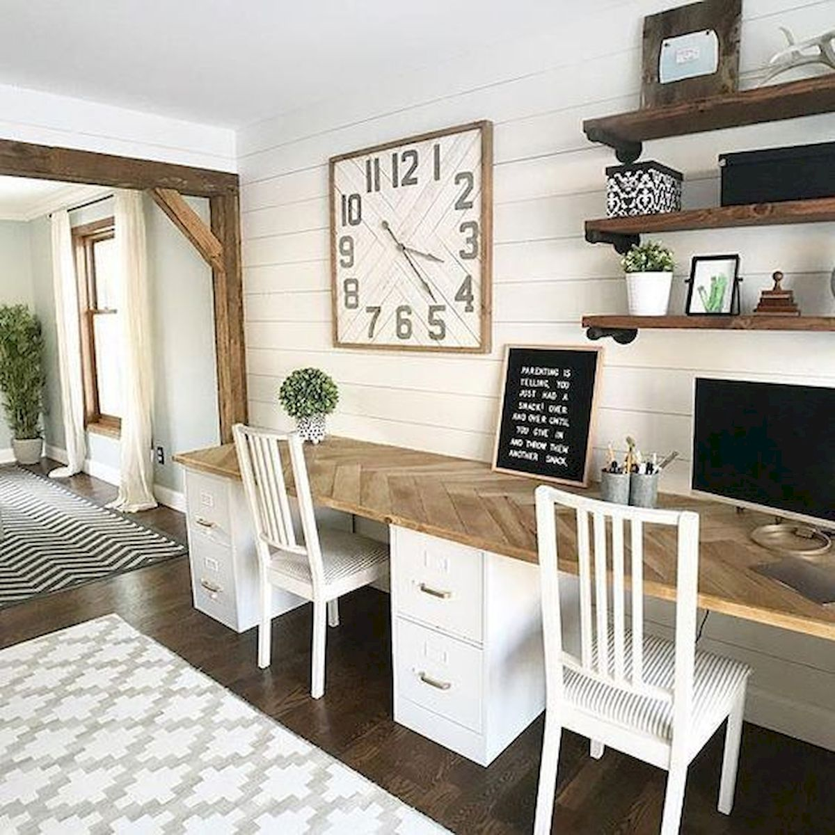 The Best Farmhouse for Home Office (29)