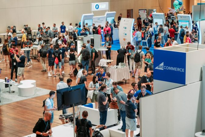 Photo by WCEU2019 @ Sponsor Area