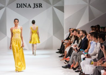 Social Media in Fashion Industry 21