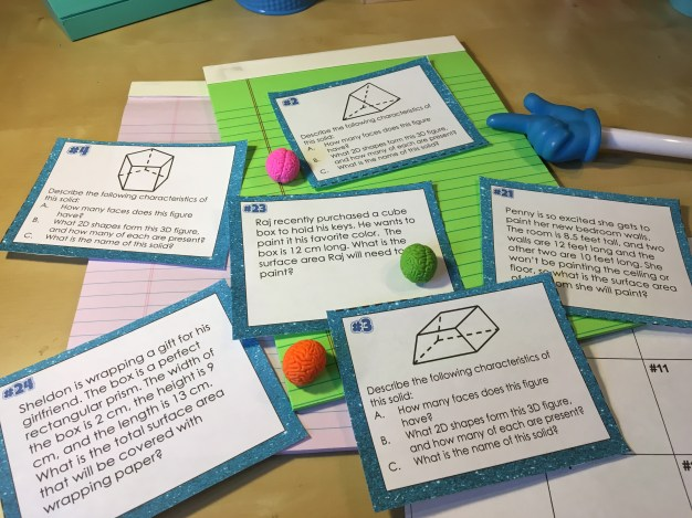 Task cards get students practice finding the surface area of shapes. They're great for partner practice, math stations, independent practice, and review games. Great review during a surface area unit. Check out all 11 surface area activity ideas.