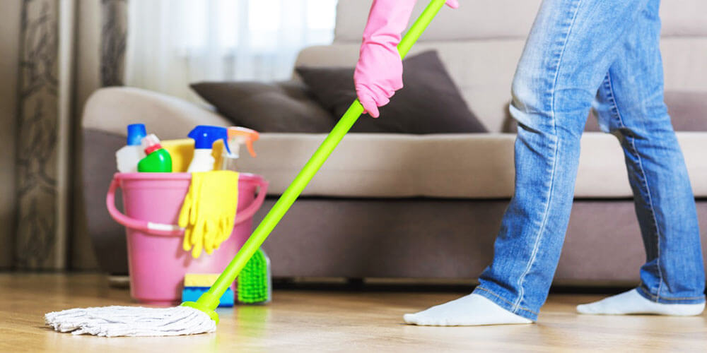How to Clean Laminate Wood Floors  to Keep Shiny and new – Cleaning Expert Guide