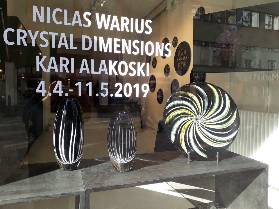 Crystal Dimensions -näyttely Mafka & Alakoski galleriassa