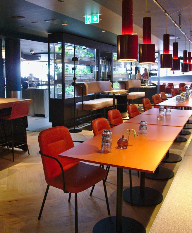 Kuusi Palaa -restaurant at hotel Marski.