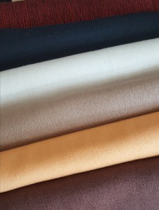 The range of Lalupate products includes hand made high quality 100% woolen and silk scarves.