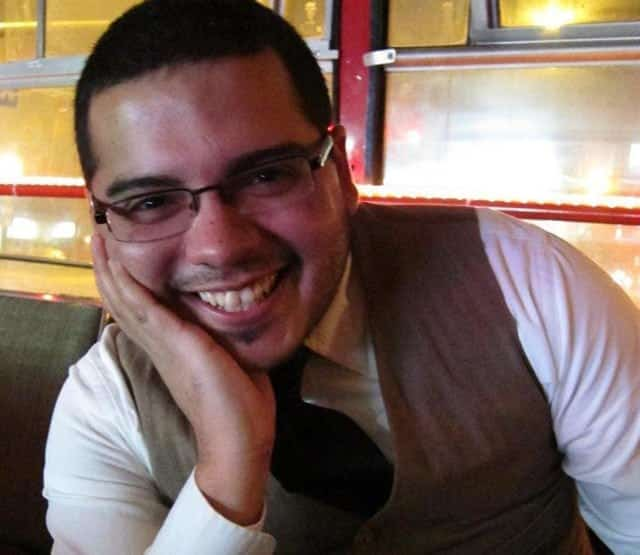 Ollin Morales - Fiction Writer, Freelance Writer, Ghostwriter and Problogger