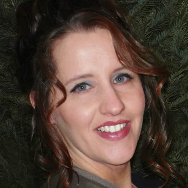 Niki Pfeiffer - Founder and CEO of Niki Pfeiffer Designs