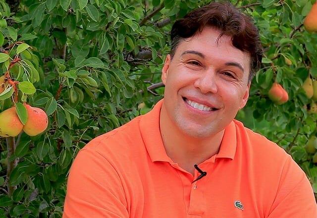 Nick Diakantonis - Founder of Yorganic Chef