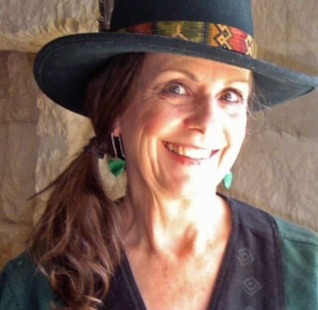 DuAnne Redus - Owner of Maui Wowi Hawaiian