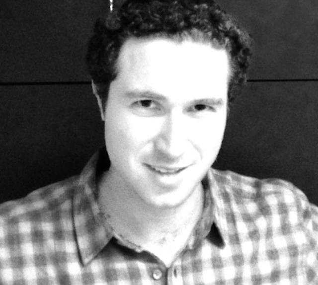 Eli Mechlovitz - Owner of Glass Tile Store