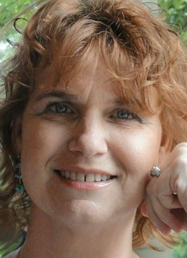 Liora Farkovitz - Founder of LioraFarkovitz.com