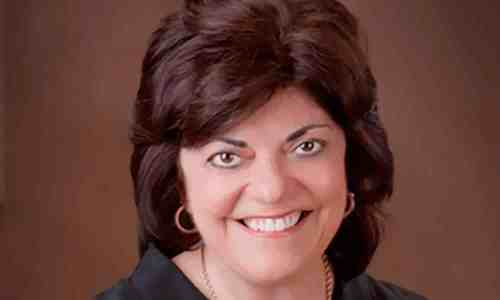 Rosanne Bostonian - Founder of Essential Spirit