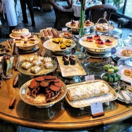 llao llao, hotel, bariloche, ceremonia del té, tortas, dulces, merienda