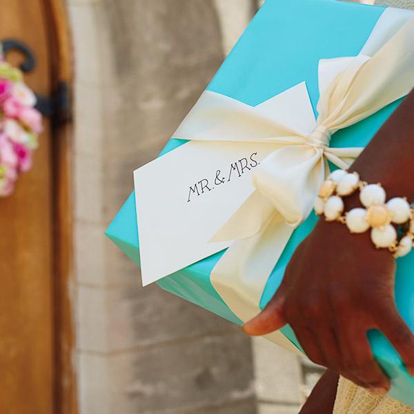Wedding Wishes What To Write In A Wedding Card Hallmark