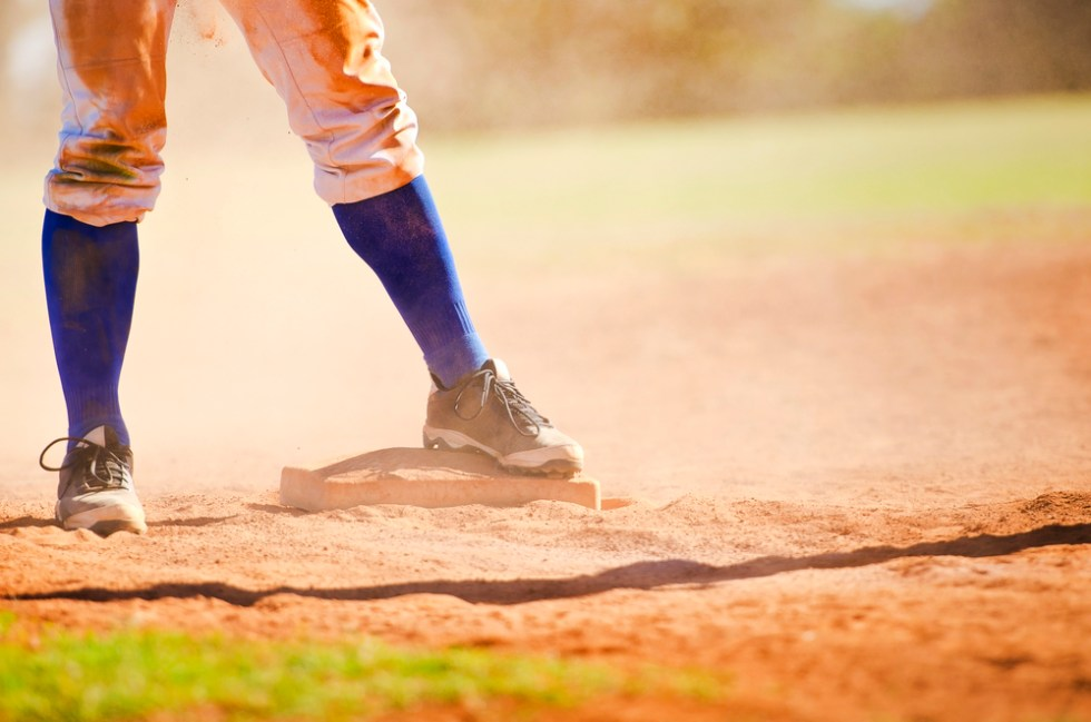 Funny Baseball And Softball Team Names That Are Sure To Be A Hit, player on base infield
