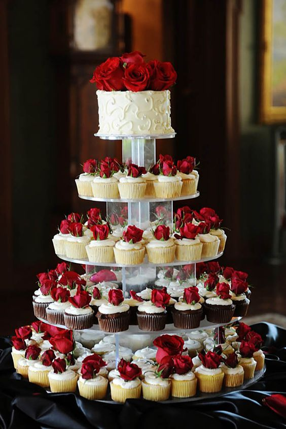 Cupcake 3 Stand Gold Tier